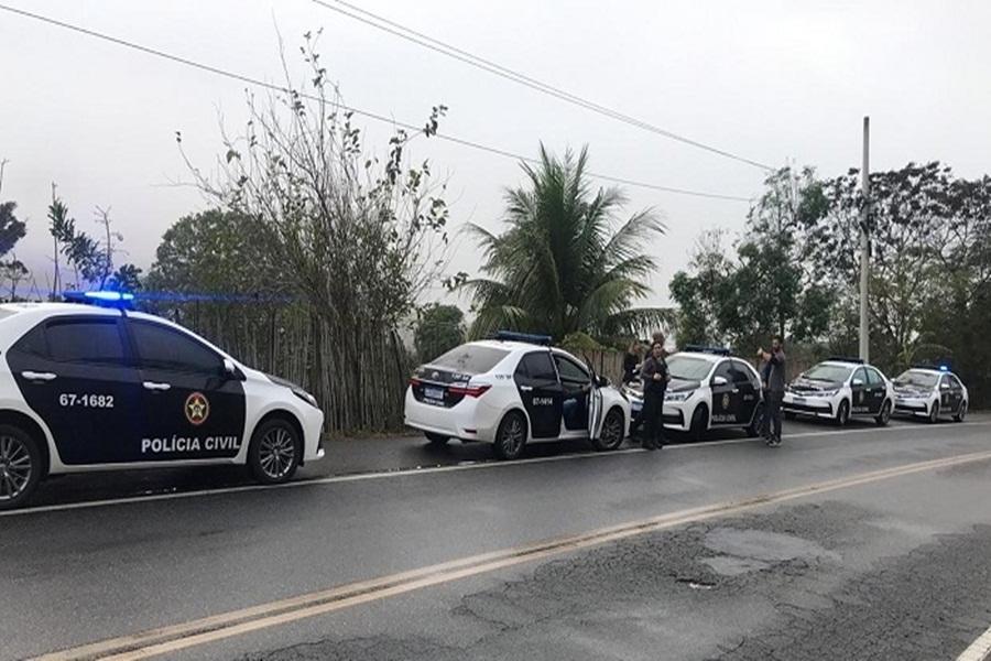policia-realiza-operacao-para-reprimir-roubos-de-veiculos-na-rodovia-rj-158