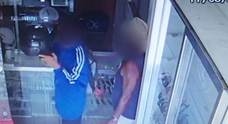 bandidos-armados-roubam-r-60-mil-de-relojoaria-em-padua