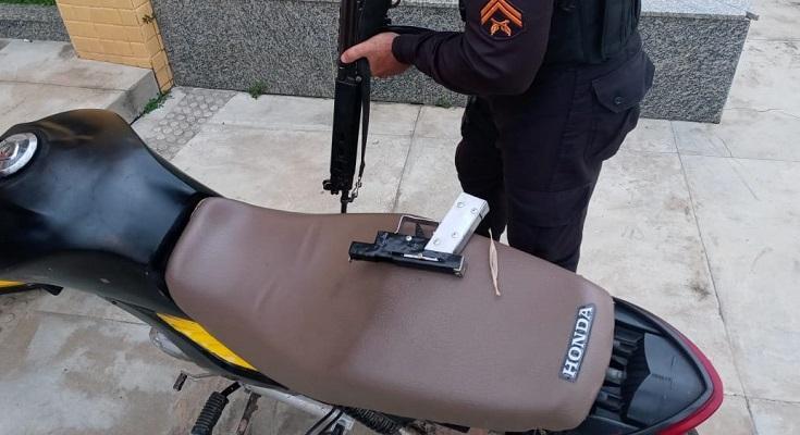 motociclista-que-fabricou-arma-e-preso-com-moto-adulterada-em-varre-sai