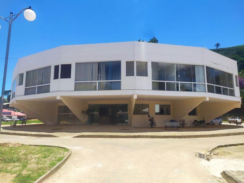 municipio-de-varre-sai-concede-reajuste-de-5-45-no-salario-dos-servidores-publicos-municipais